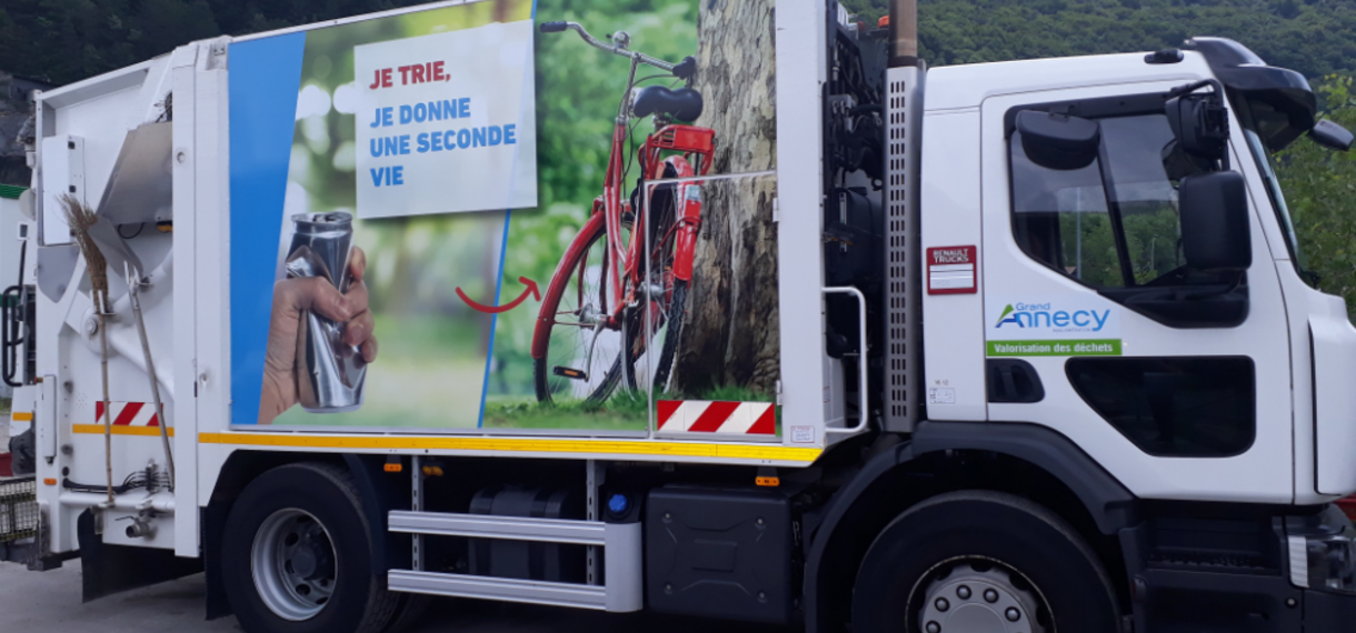 camion collecte dechets Grand Annecy